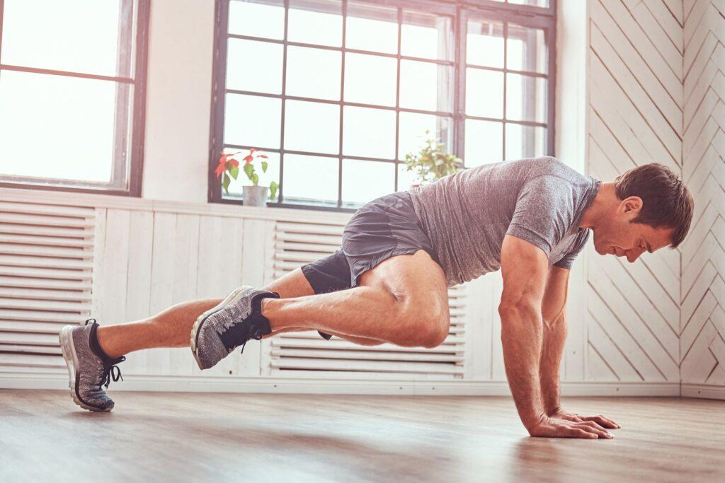 Legjobb zsírégető edzés – 7 egyszerű gyakorlat a gyors fogyásért!